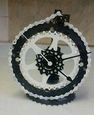 Bicycle sprockets metal standing black/white clock