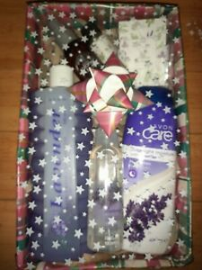 Avon Gift Sets - Christmas Themed wrap ** MULTIBUY DISCOUNT**RM POST ONLY **