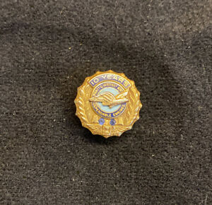 Pratt & Whitney 10-Year Service Pin