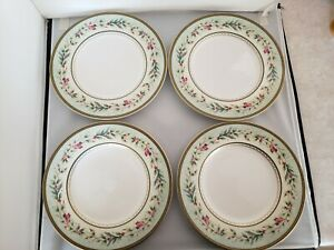"""Fitz and Floyd Winter Holiday Garland 4 Salad Plates 9 1/4"""""""