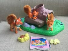 "Vintage Littlest Pet Shop ""Mommy Fox With Playful Pups"" Kenner LPS 1996 COMPLETE"