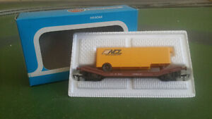 Airfix 54334-7 British Railways Lowmac wagon with NCL lorry trailer load, boxed