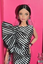 Barbie Convention Doll RFDC 2018 Brunette Striking In Stripes Limited Ed.