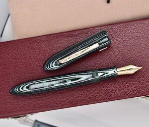 OLDWIN Classic Mini (Demi) Arco Green Fountain Pen w/ original box.18k - 750 Nib