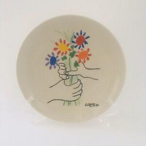 Pablo Picasso Les Petite Fleurs plate by Lambert Studios