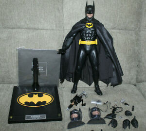 Hot Toys 1/6 figure Batman 1989 Michael Keaton Action Figure - DX09 DX 09
