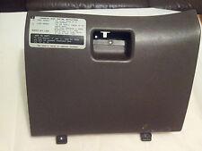 TOYOTA LANDCRUISER VX 80 4.2TD - GLOVE BOX
