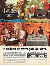 PUBLICITE  1968   GRUNDIG    magnétophone transistors