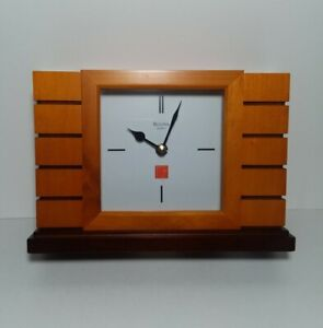 Bulova Usonian II Frank Lloyd Wright White Dial Quartz Mantel Table Clock B1859