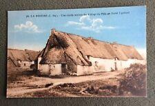 CPA ou CPSM ? LA BRIÈRE. 44 - Village du Pélo en Saint Lyphard. Vieille Maison.
