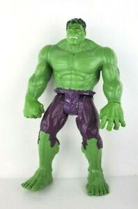 INCREDIBLE HULK MARVEL 11 Inch Action Figure BRUCE BANNER AVENGERS Posable Toy