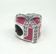 NEW AUTHENTIC Pandora Magenta Gifts of love Pink Heart Ribbon present 792047CZ