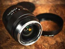 Zeiss 28mm f/2 Distagon T* ZE Lens for Canon - Near-Mint