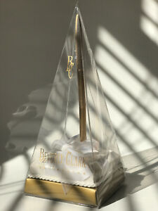 Beverly Clark Collection White Pen Holder with Gold Pen made in USA