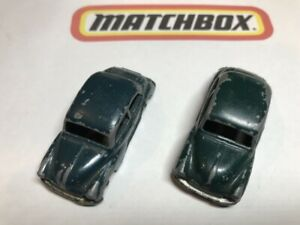 Matchbox Lesney: two variations of 46A Morris Minor