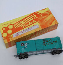 HO ROUNDHOUSE - 40' BOX CAR Great Northern Train Freight Car TESTED WORKING