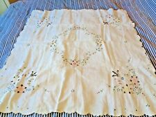 VINTAGE EMBROIDERED LINEN YELLOW PEACH BLUE GREEN TABLECLOTH COVER 105cm sq