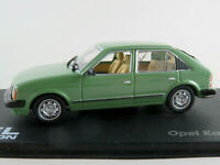 IXO #60 Opel Kadett D 1,6S (1979-1984) in grün 1:43 NEU/PC-Vitrine