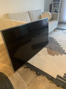 Samsung Electronics UN55JS 55-Inch 4K Ultra HD Smart LED TV (2015 Model)