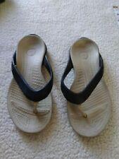 Crocs Women's Sz.6 Sandals.        L-85