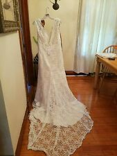 Davids bridal wedding dress size 14 new with tags