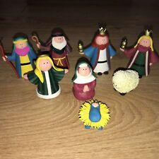 Lovely Hand Made Nativity Set Scene 8 Pieces Christmas Set 2