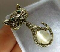 Cat brooch dainty gold plate rhinestone glass vintage style modernist pin