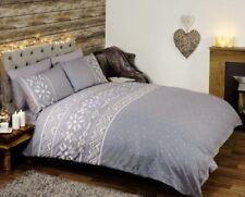 Linge de lit et ensembles gris avec des motifs Cœurs