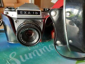 Schöne analoge EXA 1 b mit Tasche