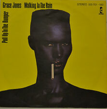 "GRACE JONES - WALKING IN THE RAIN - PULL UP TO THE BUMPER Single 7"" (H912)"