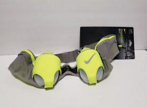 Nike Double Flask Belt 20oz Dust/Volt/Silver Sports Equipment Unisex