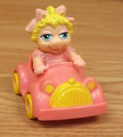 Vintage 1986 McDonald's Collectible Miss Piggy in car Toy **READ**