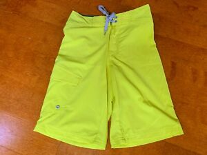 new MOSSIMO Men's Size 28 Casual Swimming Lined Fluorescent Yellow Board Shorts
