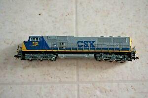 Kato N Train MAC Diesel Locomotive CSX  #713