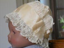 61c2db071df Ancien BONNET COIFFE pour bébé poupée tissu dentelle écrus