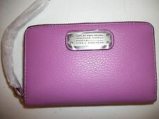 Marc Jacobs Classic Q Wingman Phone Wallet, Zip Around Wristlet ViioleLeather