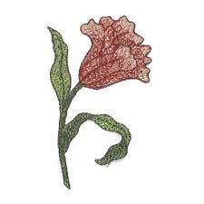 Rosa, Rojo, Verde Spray de hierro en apliques bordados de flores X 1 Pieza