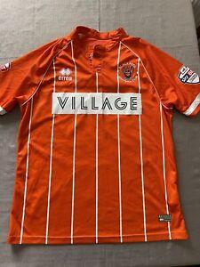 Blackpool 2015/2016 Football Shirt Size Medium Cubero 22