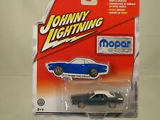 """1970 DODGE CHALLENGER 1:64  MOPAR""""   BY Johnny Lightning"""