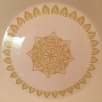Sheffield Serenade Dinner Plates Gold And Creamy White Vintage