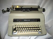 Refurbished Royal 440 Manual Typewriter, 10p, w/original dust cover & w/warranty