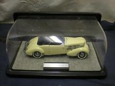 Franklin Mint Precision Model ~ 1937 Cord 812 Phaeton Coupe 1:24 Scale