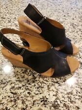 NEW Clarks Helio Nubuck Leather Cork Float Wedge Womens Sandal Slingback 9.5 M