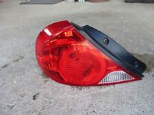 2000-2004 Kia Spectra LH DRIVERS LEFT TAIL LIGHT LAMP TAILLIGHT USED OEM 01 02