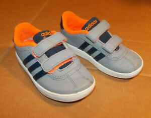 Adidas Infant Trainers Size 7.5 Eur 25