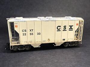 Athearn CSX 2-bay covered hopper custom weathered