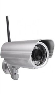 Foscam FI9804W 1.0 MP Outdoor Day/Night Wireless IP Camera