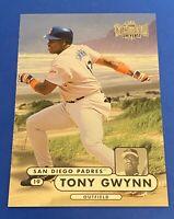 1998 Metal Universe #178 Tony Gwynn San Diego Padres HOF NM-MT+