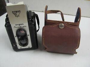 Vintage 1950s Argus Seventy-Five Reflex Camera with Case WORKS EXCELLENT