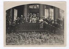 PHOTO ANCIENNE Groupe devant une maison de famille Perron de la demeure 1920